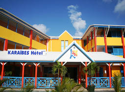 9J/7N - KARAIBES HOTEL 2*